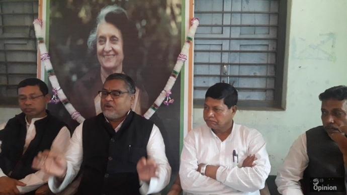 রাজ্যের উন্নয়ন থমকে গেছে উদয়পুরে সাংবাদিক সম্মেলনে-- সুবল